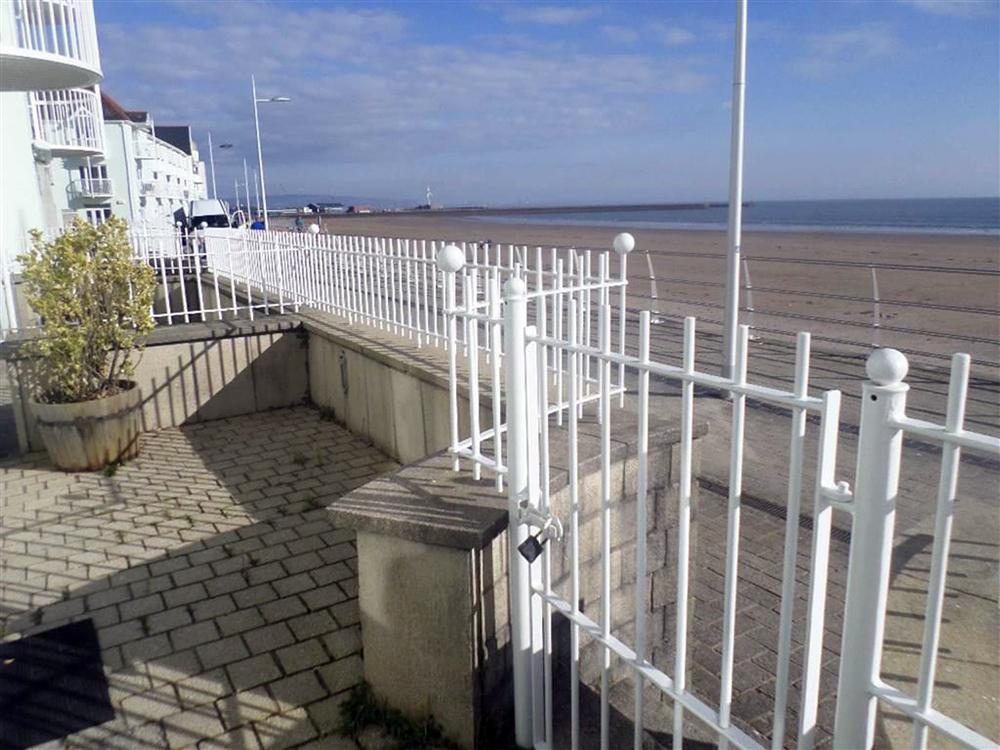 Marine Walk, Swansea