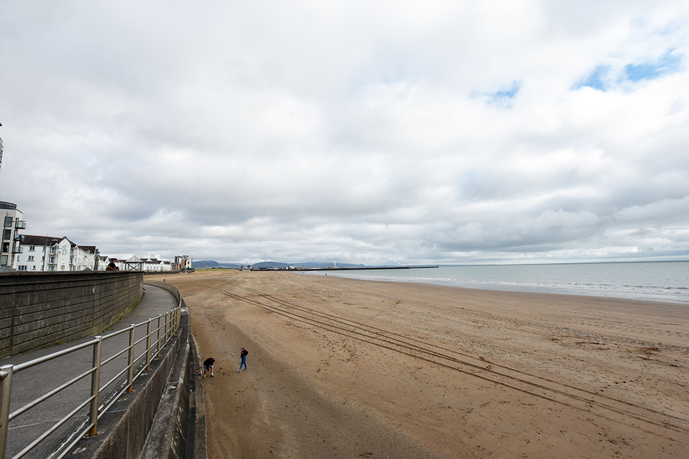 SWANSEA BEACH FRONT IN OCTOBER