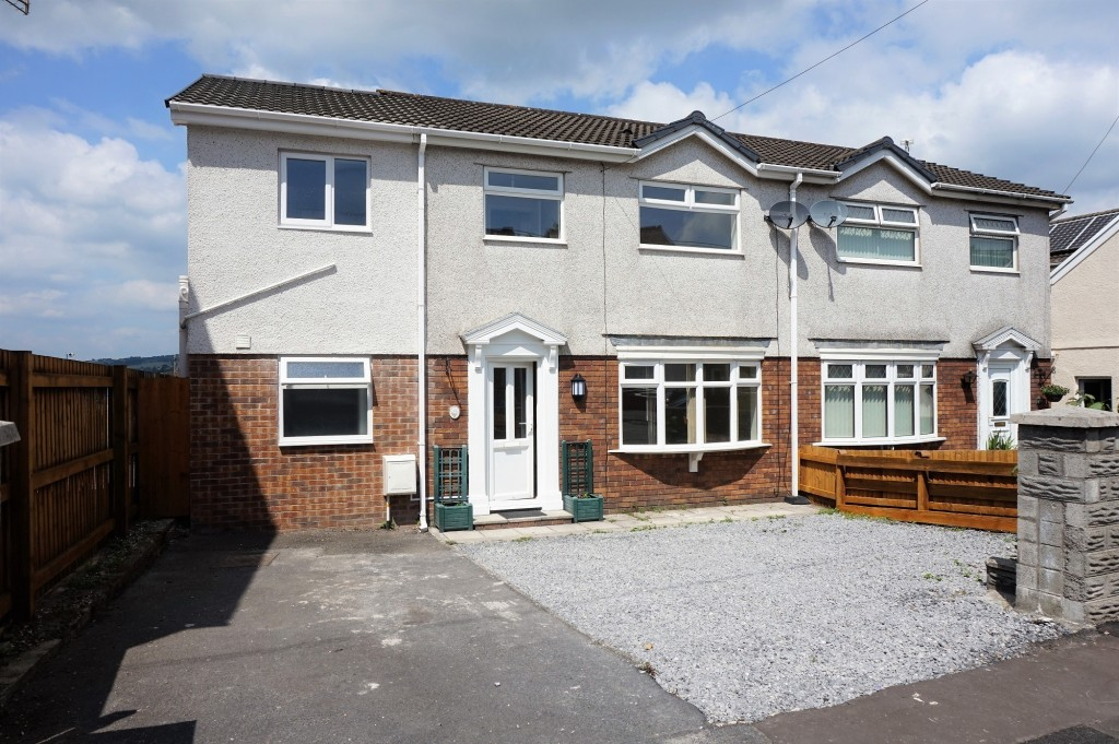 Alltiago Road, Pontarddulais goes up for Auction with Dawsons Property in February